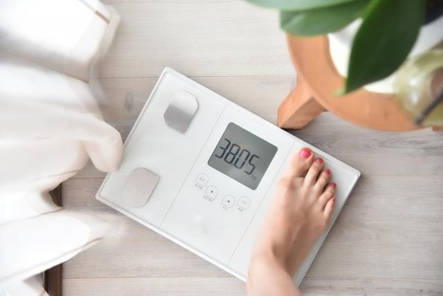 MEMSが使われている体重計イメージ